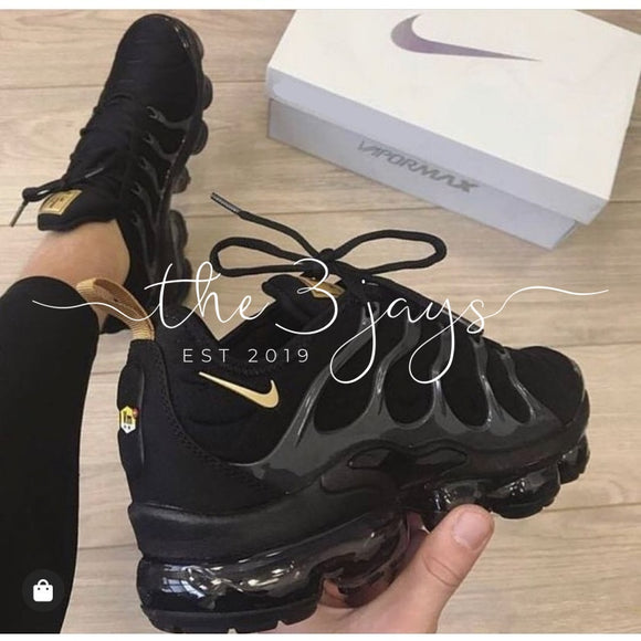 Vapormax Plus Black/gold