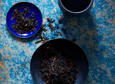 Shop organic black tea and loose leaf black tea at Bellocq.