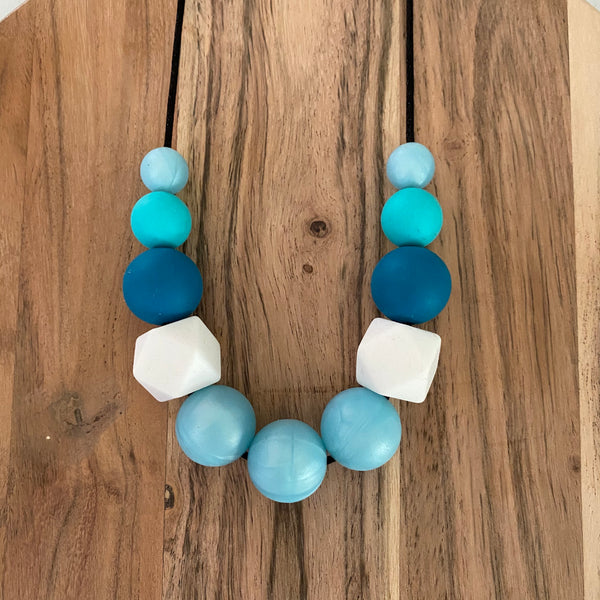 SPACE MAKERS! Necklace Teals
