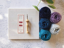 Load image into Gallery viewer, Oxford punch needle start kit - Amethyst