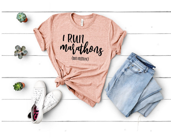 I Run Marathons (on Netflix) T-shirt - Peach