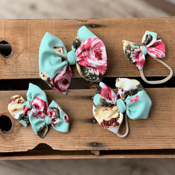 Zoey Floral Bows