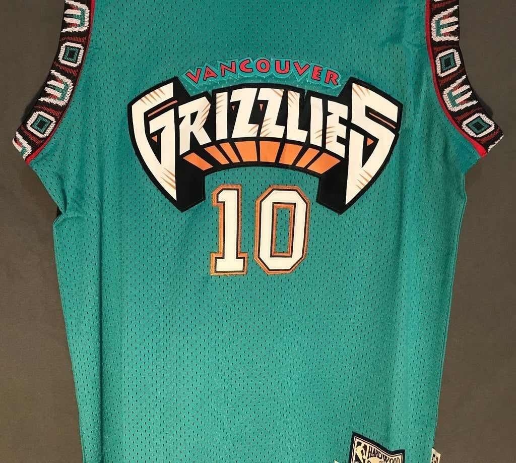 57100f30dc7 ... men 10 mike bibby jersey green vancouver grizzlies throwback swingman