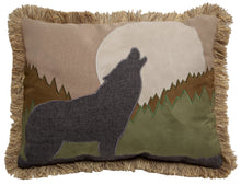 Load image into Gallery viewer, Howling Wolf Throw Pillow