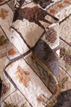 Load image into Gallery viewer, Vintage Lodge Quilt Set