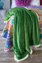 Load image into Gallery viewer, Green Sherpa Plush Throw