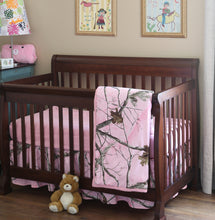 Load image into Gallery viewer, Realtree AP Pink Crib Set