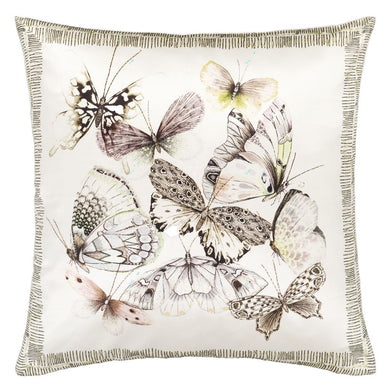 Papillons Shell Cushion