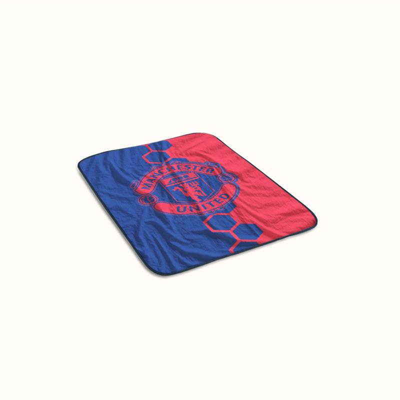 Red Devils Manchester United Logo Fleece Blanket