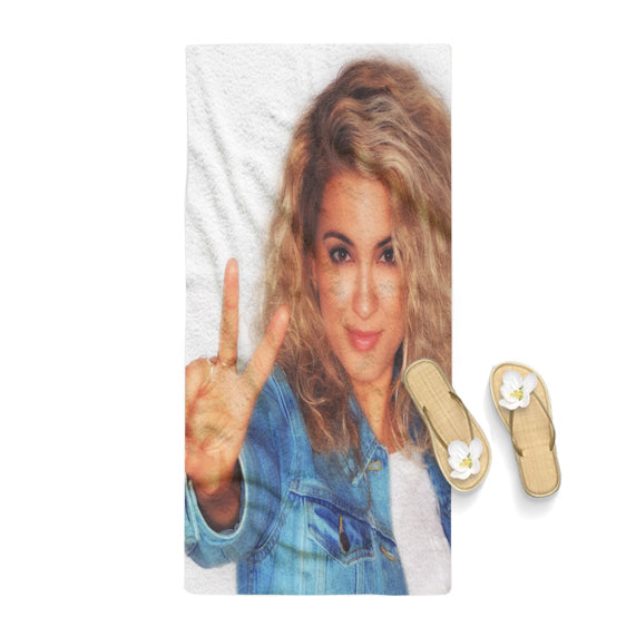 Tori Kelly Peace Poster Towel