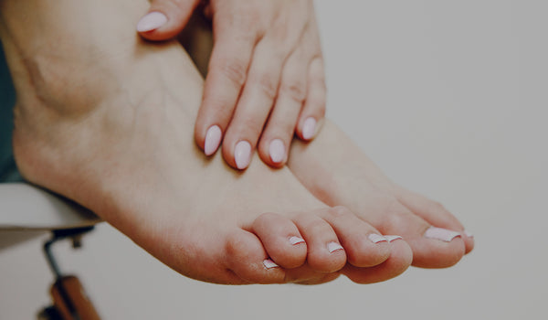 How to give yourself an essential oil foot massage