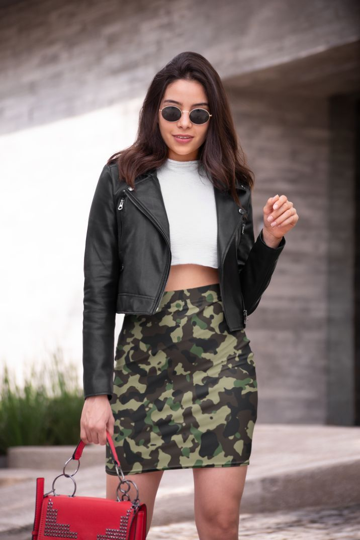 Ladies Classic Camouflage Pattern Plakat Pencil Skirt