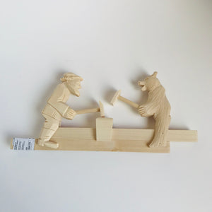 Wooden moving toy - Two blacksmiths