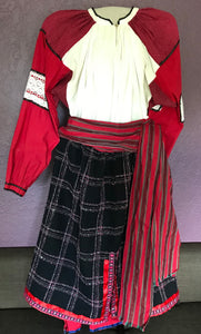 Traditional costume for woman, size L