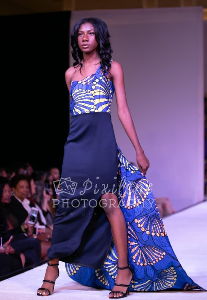 Follow The Train - African Fashion - Dress