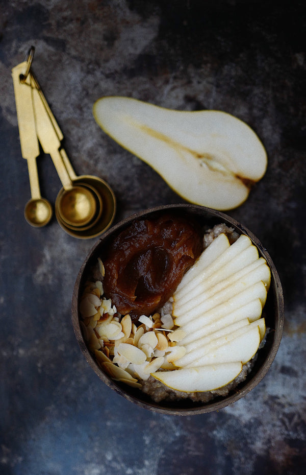 Quinoa Flakes with Pear and Cinnamon