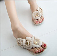 Camellia Slippers Women's Sandals