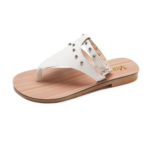 Fashion Bohemia Rivets Flat Open Toe  Beach Sandal