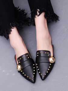 Fashion Pure Color Rivet Flat Shoes