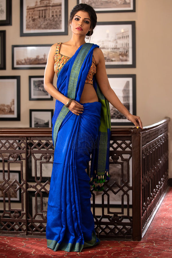Blue Matka Saree With Emerald Green Border, With Beads Hanging From the Pallu