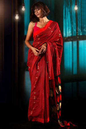 Red Blended Cotton Saree With Woven Motifs