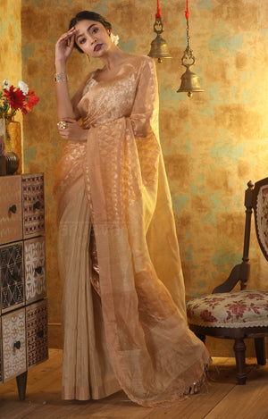Rose Gold Matka Silk Saree With Geometric Zari Work