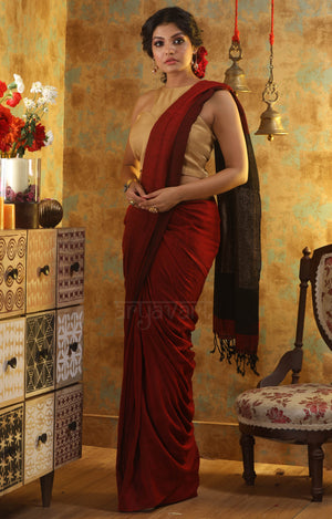 Red Cotton Saree With a Stunning Black and Gold Pallu