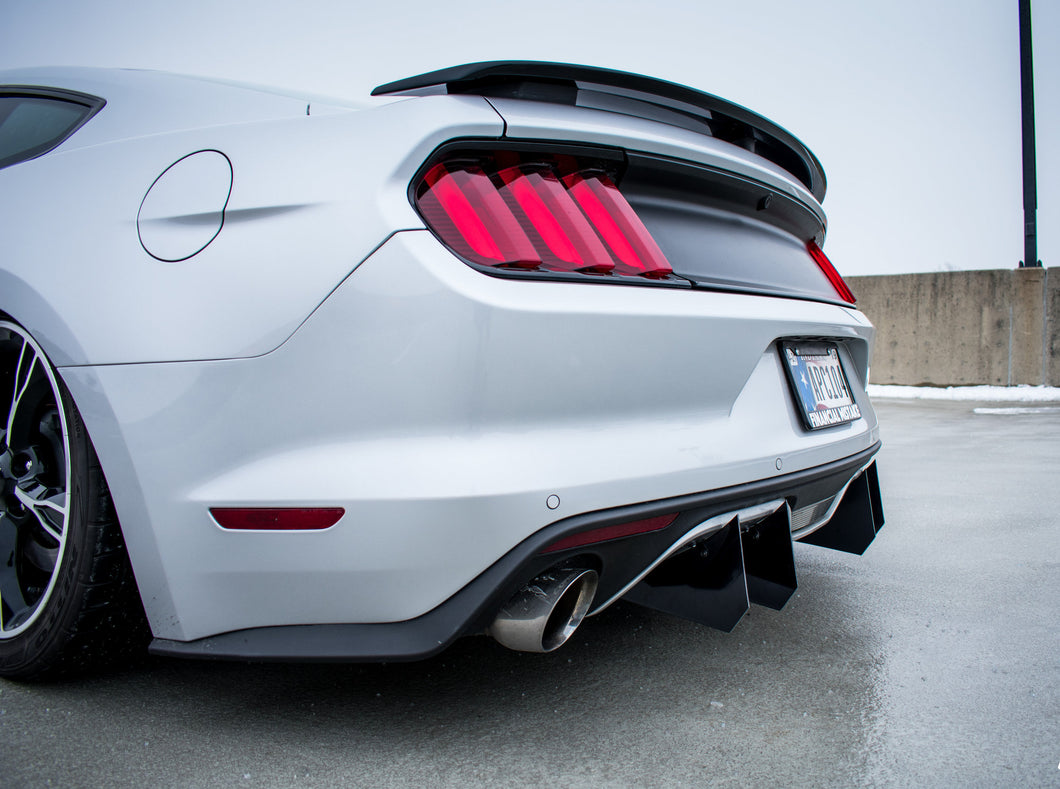 2015-2017 Ford Mustang Rear Diffuser