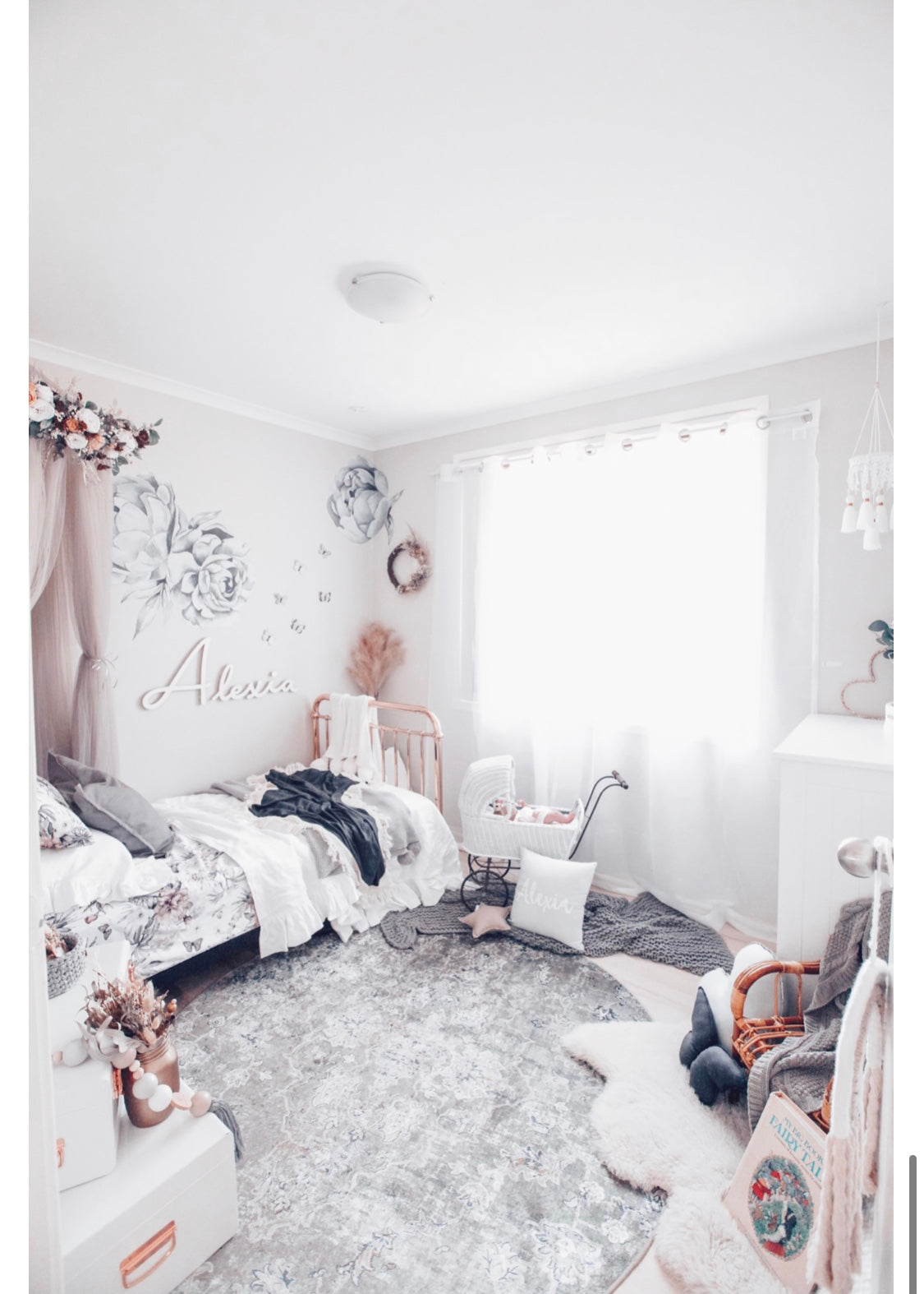Create Your Own Dreamy Space! Written by @thehhouse_
