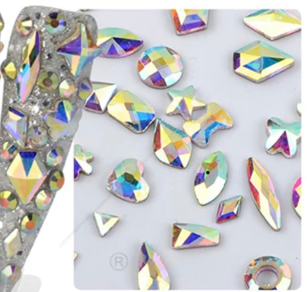 Shiny Nail Diamond Rhinestones in Different Shapes & Sizes, Teardrops, Diamond, Horse Eye Crystals ...