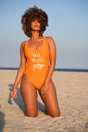 Sol, Playa Y Rizos One Piece Swimsuit