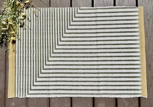 Olive green stripe - 24x36