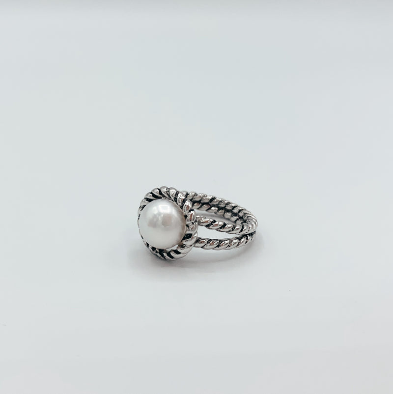 The Sterling Silver Pearl Cable Ring
