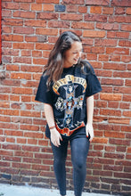 Load image into Gallery viewer, Guns N Roses Tee