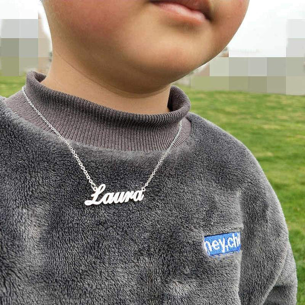 Child L.N. Name Necklace