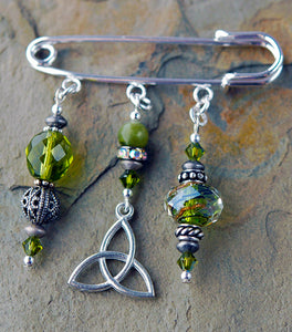 Green Garnet with Celtic Trinity Knot Pin