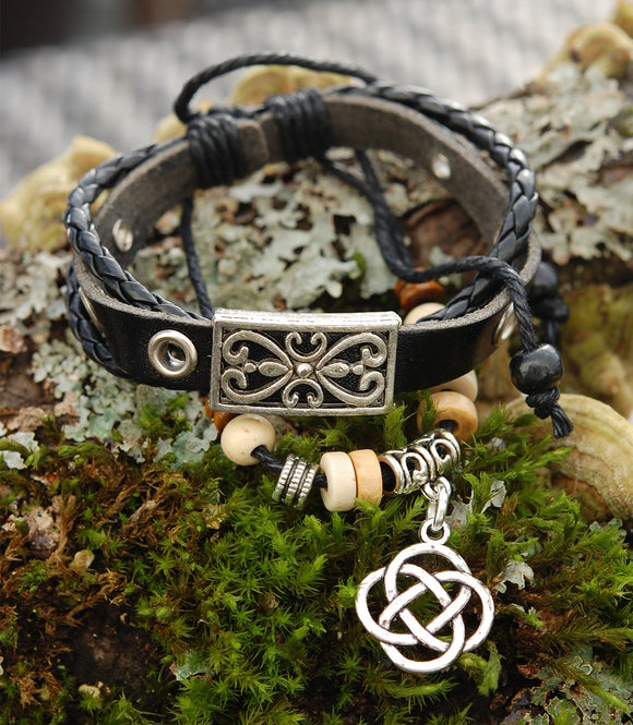 Black Leather Bracelet with Round Celtic Lugh Knot