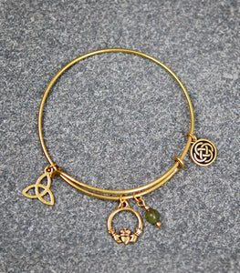 Connemara Marble Wire Bracelet with Claddagh