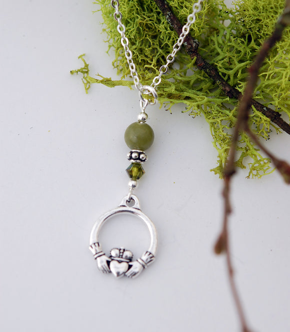 GS566 Connemara Marble with Moss Crystal Claddagh Pendant