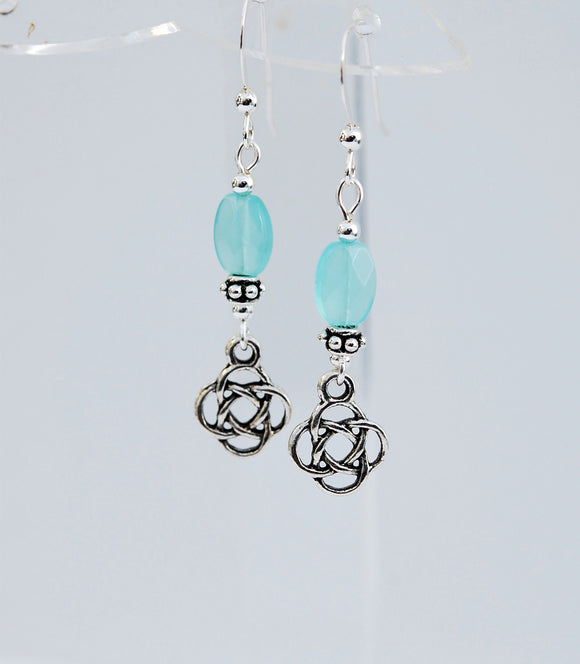 Celtic Knot with Soft Teal Chalcedony