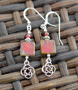Garnet on Square Bead and Round Celtic Knot