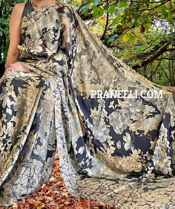 Beige & Black Floral Printed Crepe Saree  with Blouse Piece