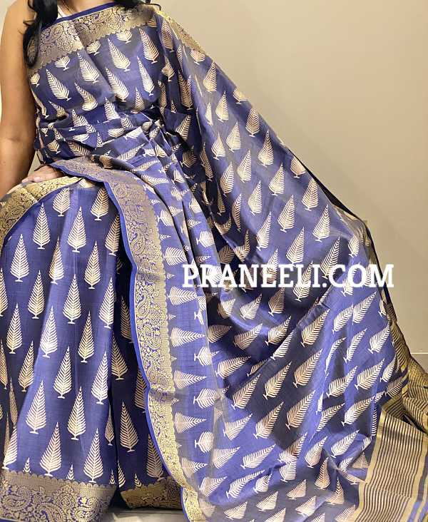 Blue Handloom  Tussar Silk Saree  &  Blouse Piece