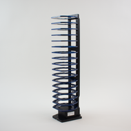 Hotel Rack, 17 Capacity, Side Grip: Universal