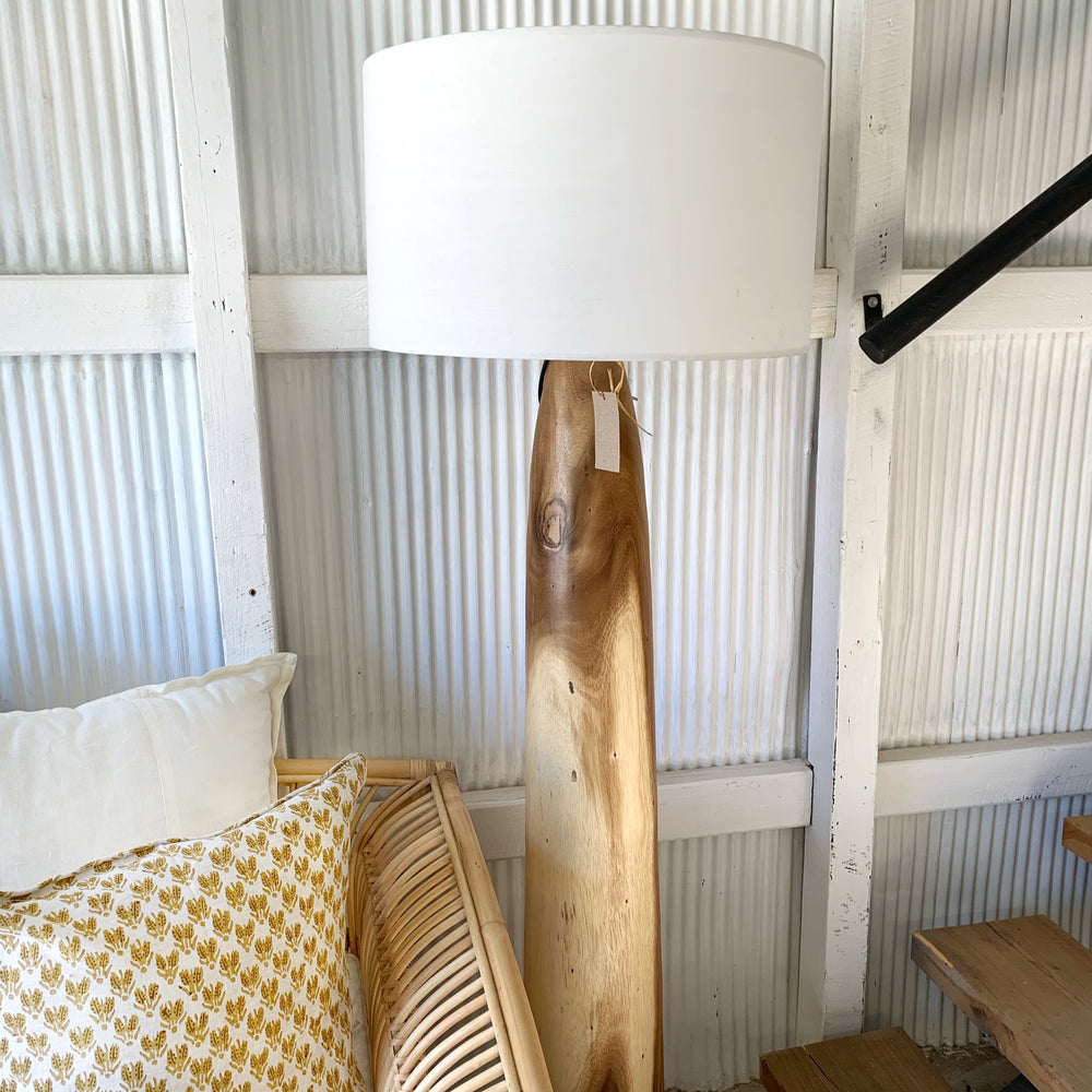 Albizia Wooden Floor Lamp (Natural)
