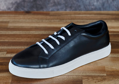 black mckintami sneaker shoe