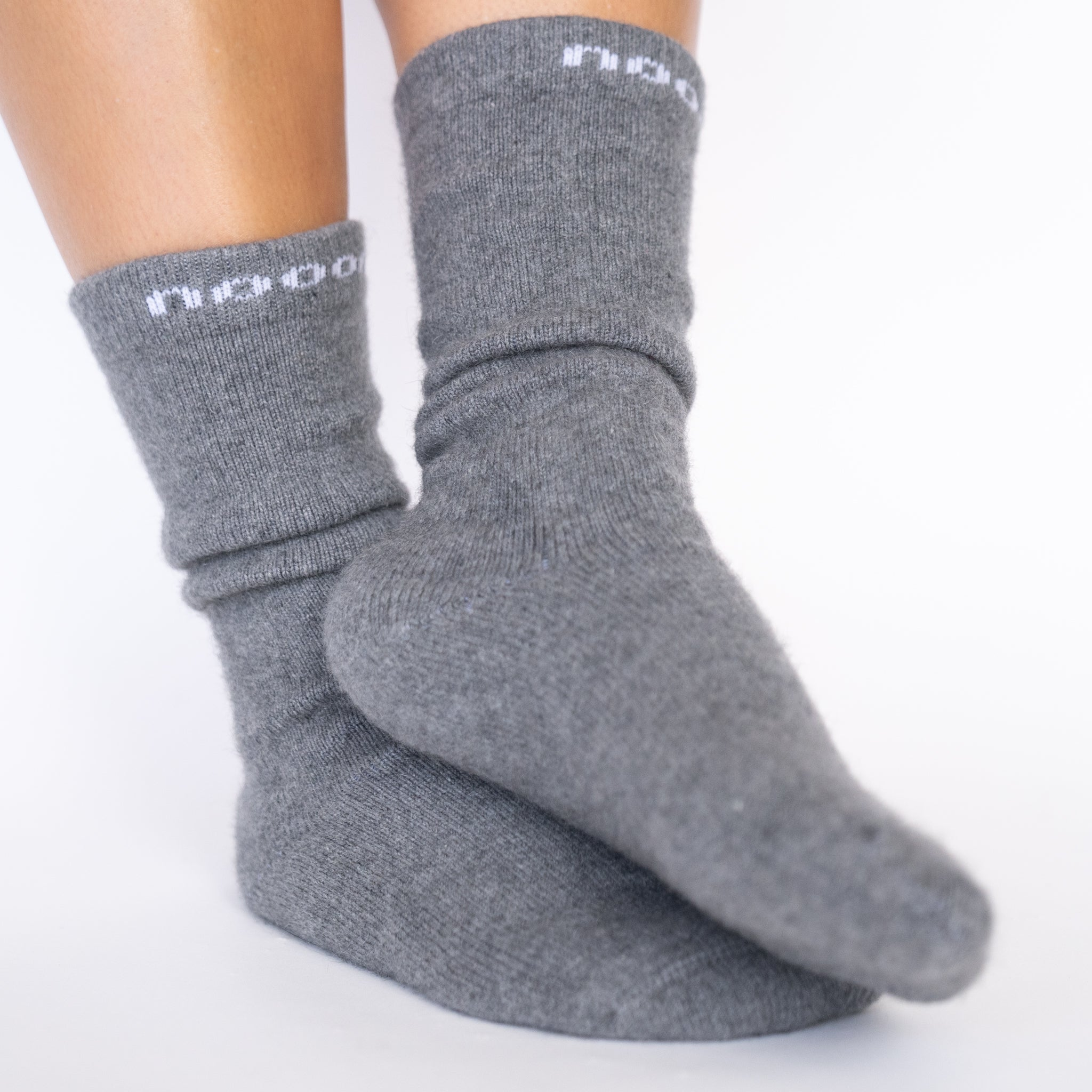HUKA Socks, Pewter Women