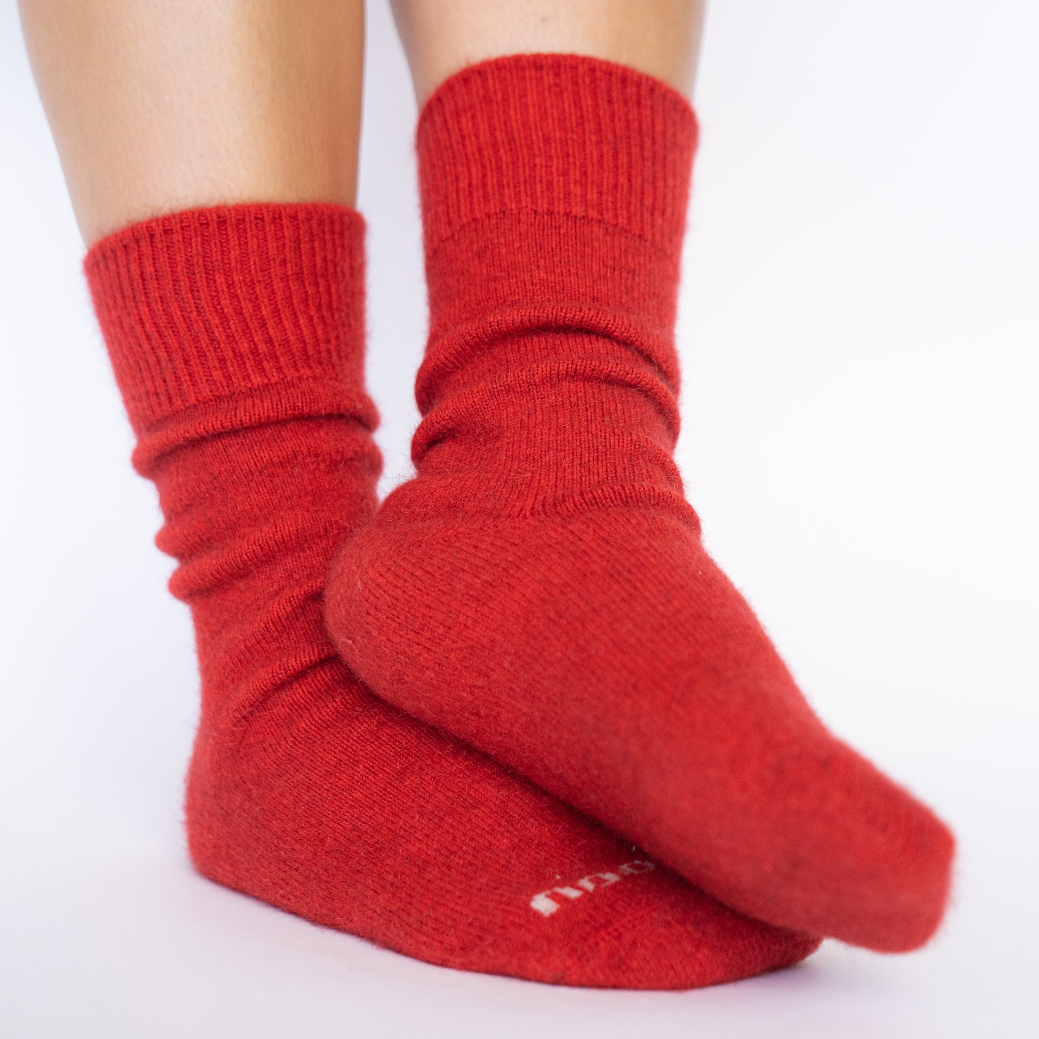 PIHA Socks, Scarlet Women
