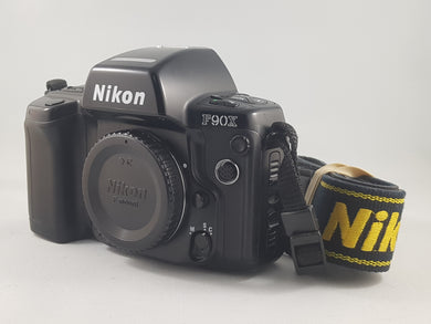 Nikon F90X (F90S) Autofocus 35mm SLR Camera - Used Condition 9.5/10 - Paramount Camera & Repair - Saskatoon Canada Used Cameras Used Lenses Batteries Grips Chargers Studio