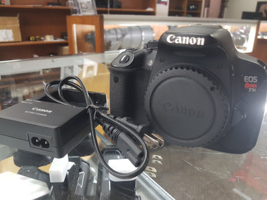 Canon Rebel T5i - 18MP 1080p DSLR w/ Touchscreen, Canon Battery & Charger, Used Condition 9/10 - Paramount Camera & Repair - Saskatoon Canada Used Cameras Used Lenses Batteries Grips Chargers Studio